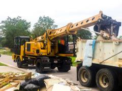Emergency cleanup team in Texas puts excavators to work
