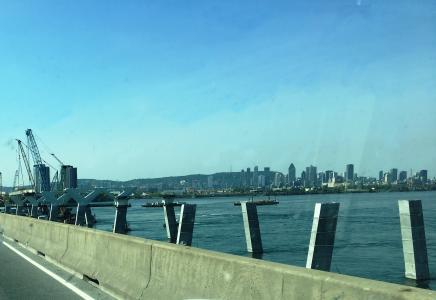 Champlain bridge foundations