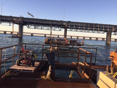 Champlain bridge pilings