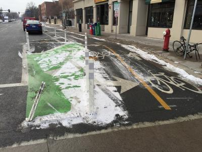 Minneapolis expands bike lane maintenance